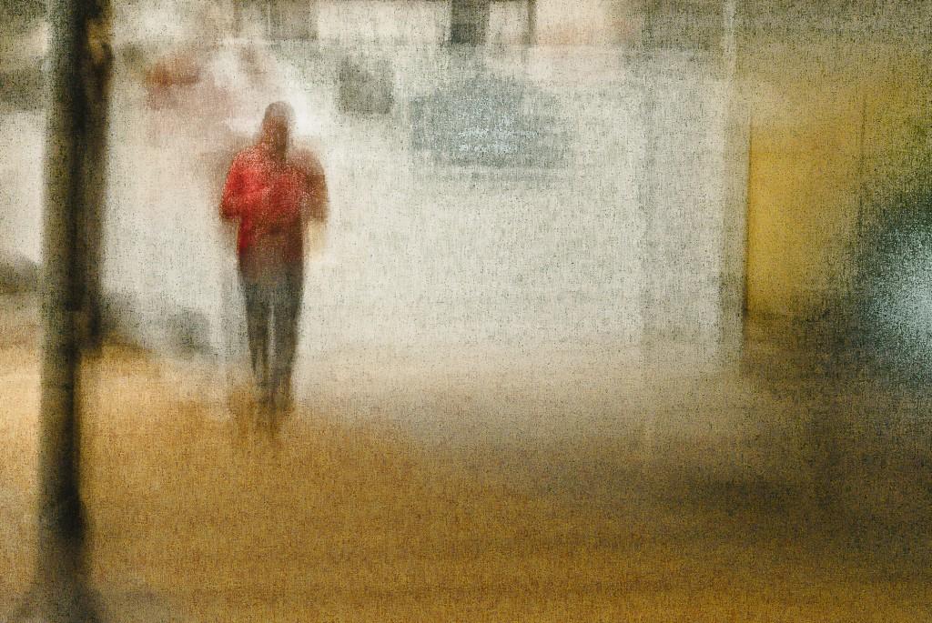 (red shirt) urban figure # L1065273