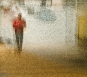 (red shirt) urban figure # L1065273